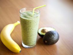 bananna-avocado-smoothie