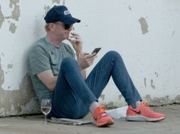 Chris Evans seen drinking wine, 06 JUNE 2016