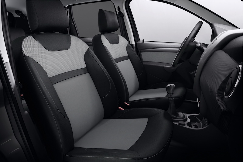2016-dacia-duster-black-touch-5